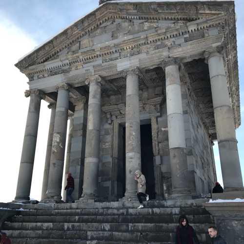Гарни — древнейший храм