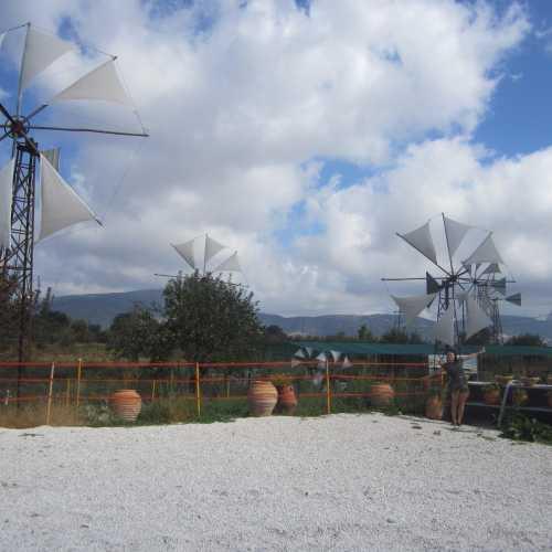 Крит, 2013