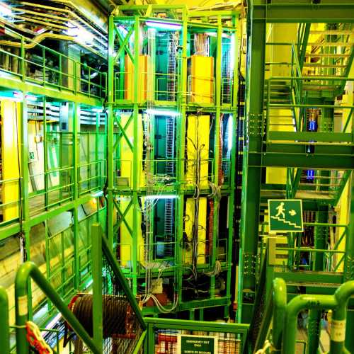 Large Hadron Collider, Switzerland