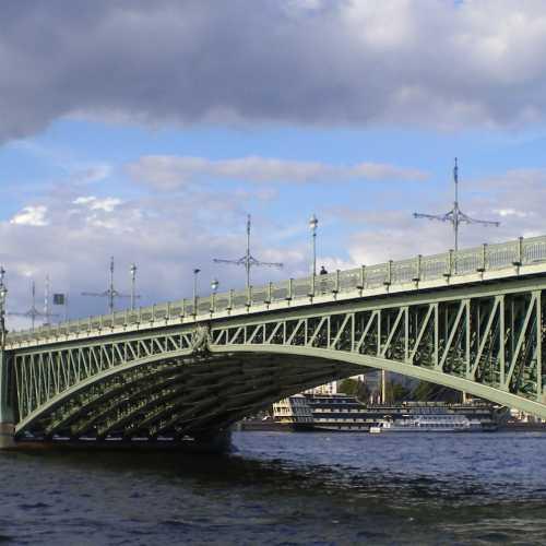 Trinity Bridge Saint-Petersburg, Russia