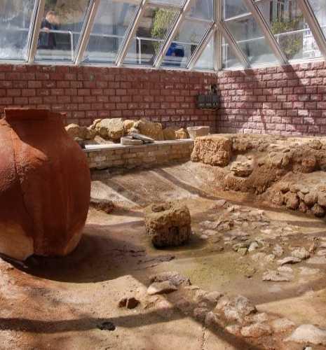 Памятник-раскопки Керкиниды, Крым