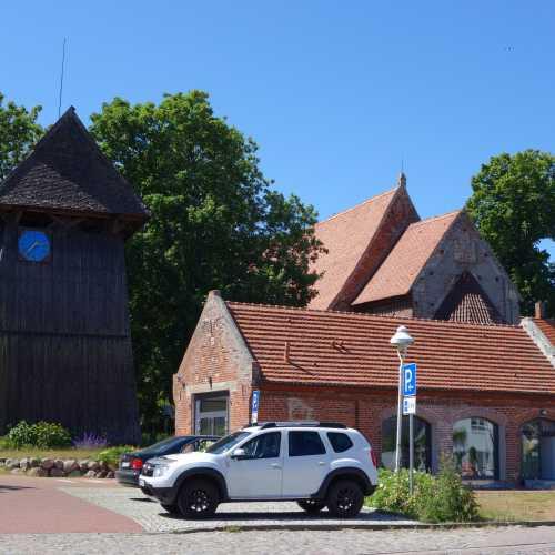 Старая церковь в Альтенкирхене