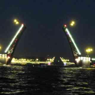 вот так разводят мосты