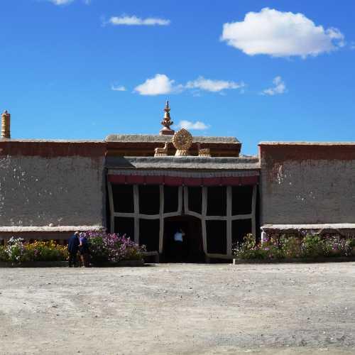 Монастырь Толинг, China