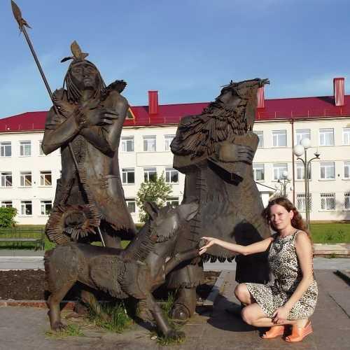 Даниель Дефо когда-то забросил в своих произведениях Робинзона Крузо и Пятницу в холодную Сибирь, а точнее в Тобольск. Здесь они и узнали, что такое мороз, шуба и водка.