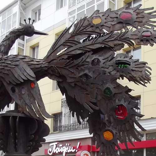 Скульптура «Жар-птица» в сквере им.П.П.Ершова в г.Тобольск