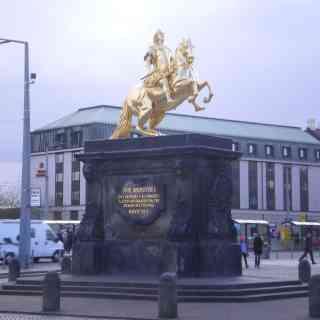 Золотой всадник в Дрездене