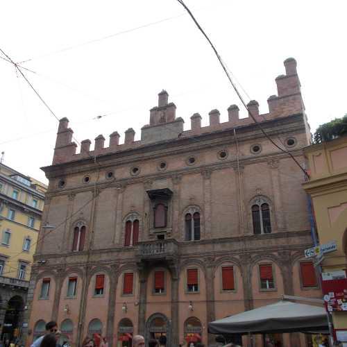 Болонья, Italy