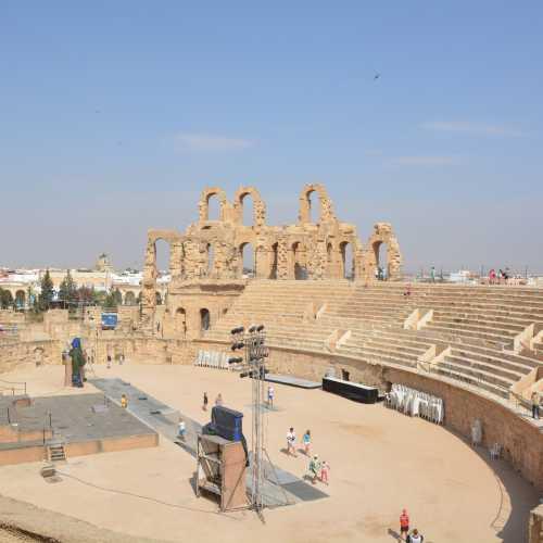 Амфитеатр, Тунис