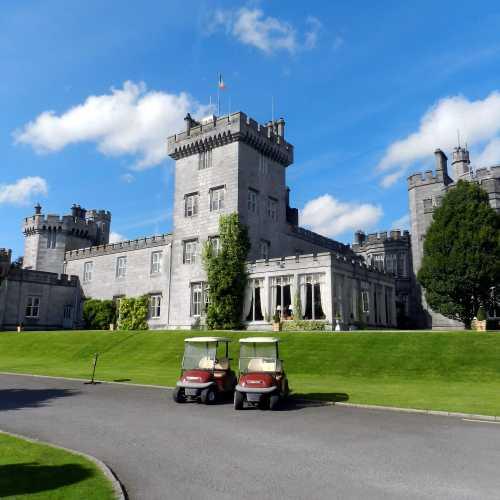 Замок Дромоленд, Ирландия