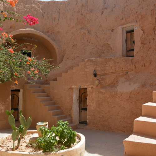 Матма́та, Тунис