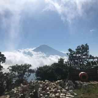 Вид на самую высокую точку острова Бали, вулкан Анунг