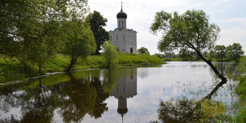 Боголюбово. Церковь Покрова-на-Нерли.