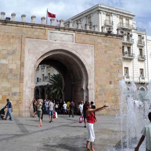 Тунис.