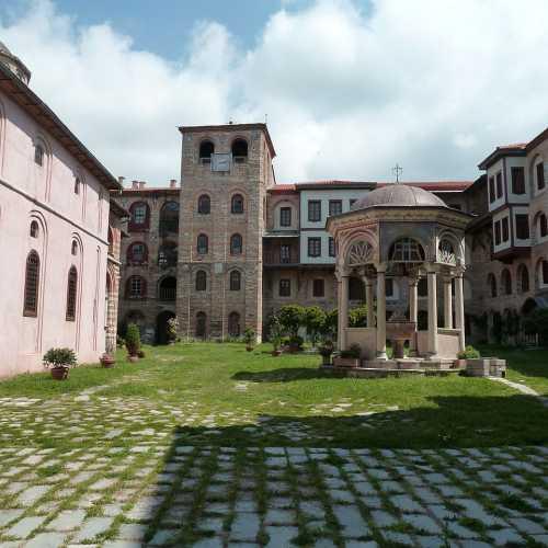 Монастыри Афона.
