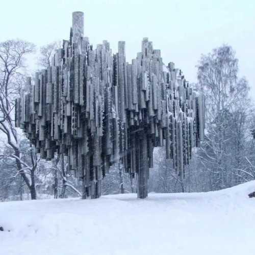 Памятник Сибелиусу, Финляндия