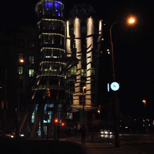 Танцующий дом, Чехия