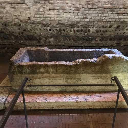 Гроб (саркофаг) «Джульетты»