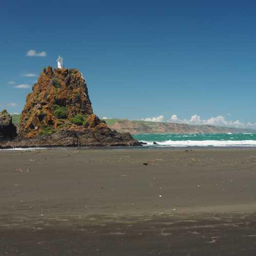 Whatipu beach, New Zealand