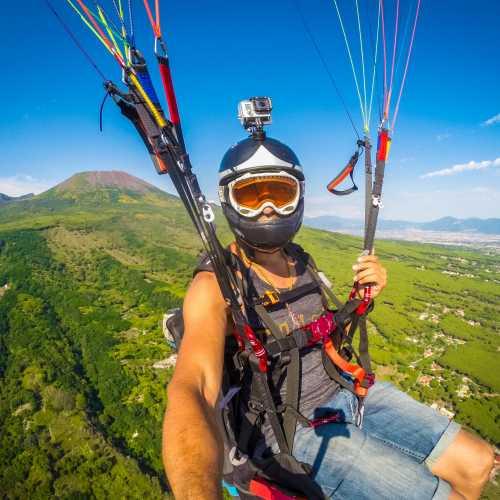 Полёт на параплане с вулкана Везувий