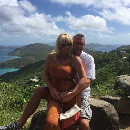 Tortola, США