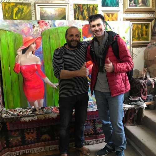 Известный Азербайджанский художник и его мастерская Али Шамси. Советую заглянуть к нему, пообщаться. Будет интересно на 100%