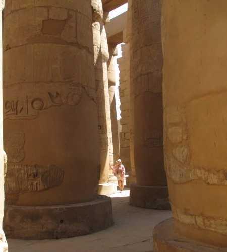 колонны храма АмунРА
