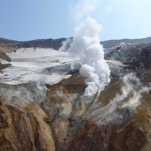 вулкан Мутновский, Russia
