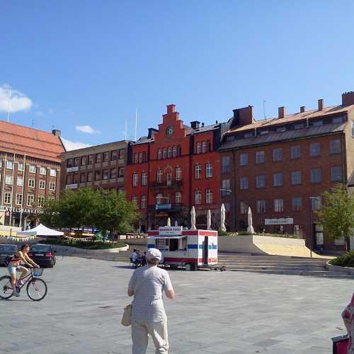 Дома на торговой площади