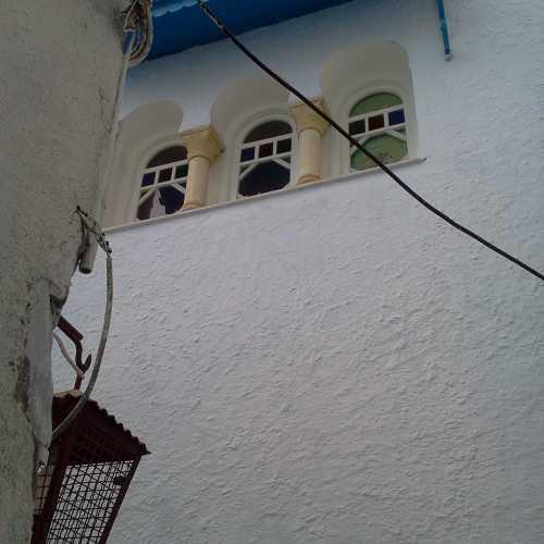 Медина, окно