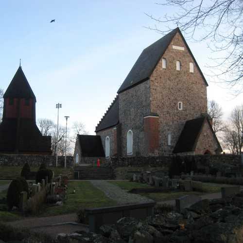Церковь в Старой Уппсале. (04.01.2012)