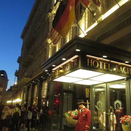 Вена. Отель Захер. (17.09.2014)