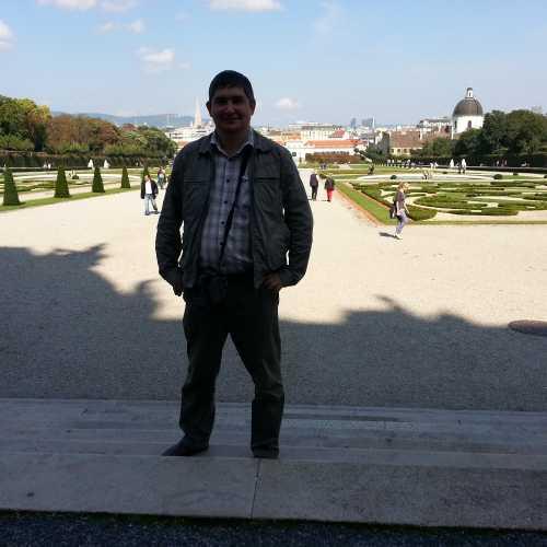 Вена. Я в парке Бельведер. (17.09.2014)