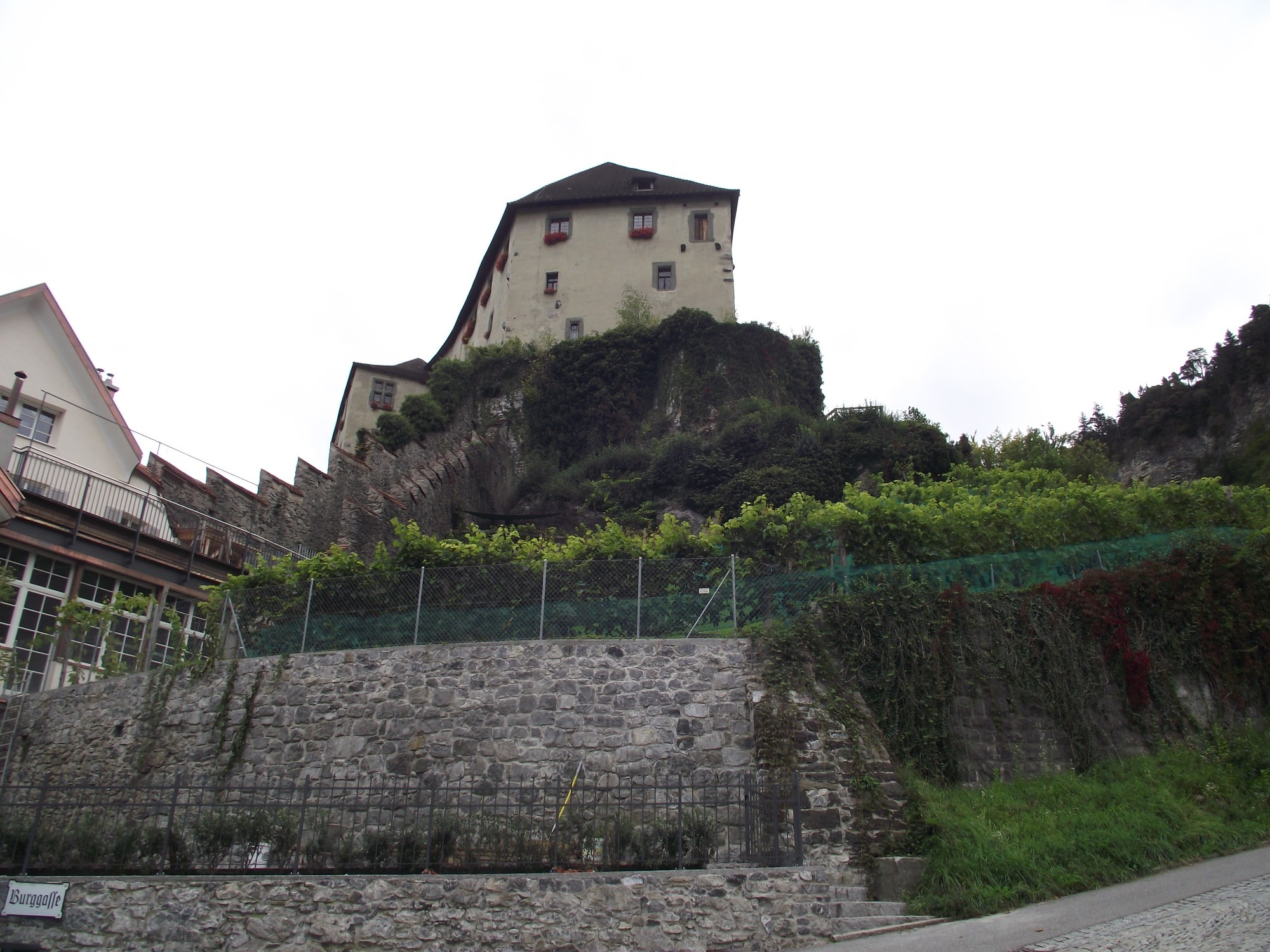 Фельдкирх (Австрия). Замок Шаттенбург. (19.09.2017)