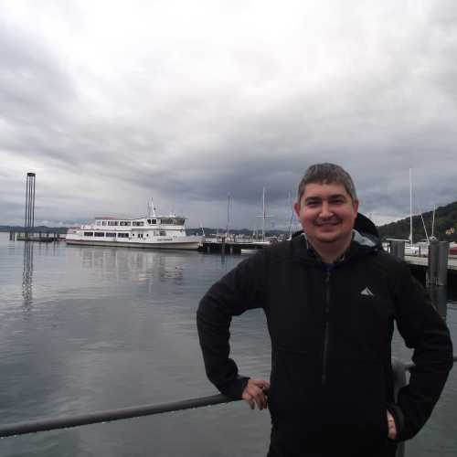 Брегенц (Австрия). Я на фоне гавани. (19.09.2017)