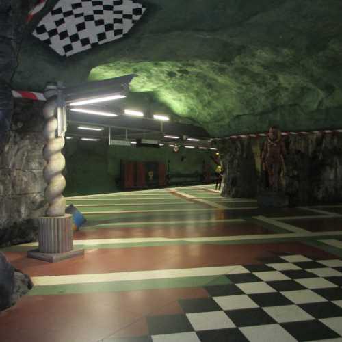 В стокгольмском метро. (11.07.2013)