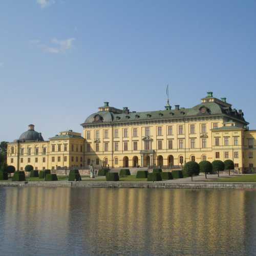 Стокгольм. Дворец Дроттнингхольм. (12.07.2013)
