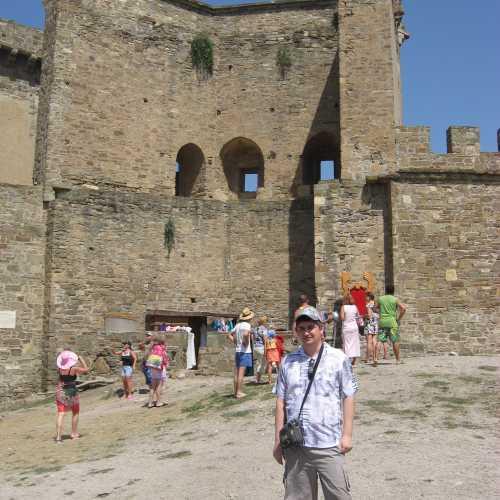 Судак. Я в Генуэзской крепости. (июль 2010)