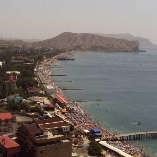 Судак. Вид из Генуэзской крепости. (июль 2010)
