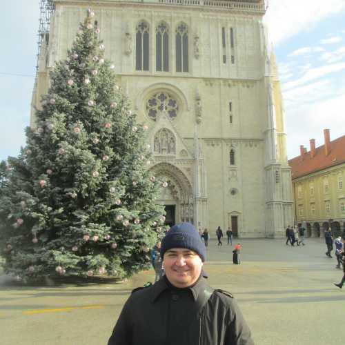 Загреб. Я у Кафедрального Собора. (03.01.2017)