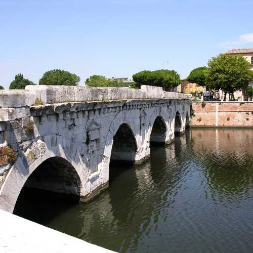Римини. Мост Тиберия. (17.07.2014)