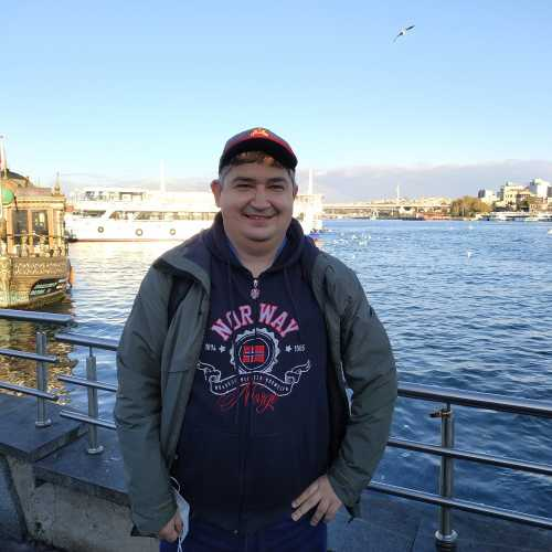 Стамбул. Я на набережной Золотого Рога. (08.11.2020)