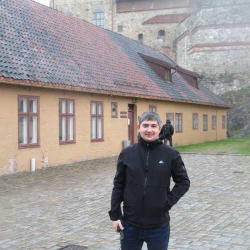 Осло. Я около крепости Акерсхус. (04.05.2015)