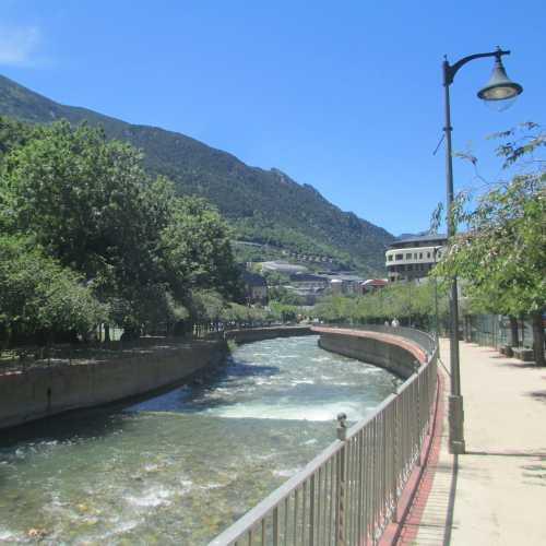 Андорра-ла-Велья. Река Валира. (21.06.2016)