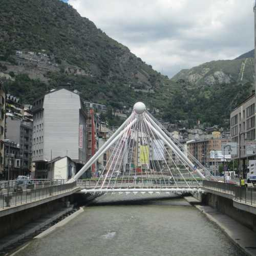 Андорра-ла-Велья. Мост через реку Валира. (21.06.2016)