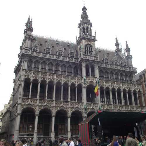 Брюссель. Площадь Гранд-Плас. (30.04.2017)