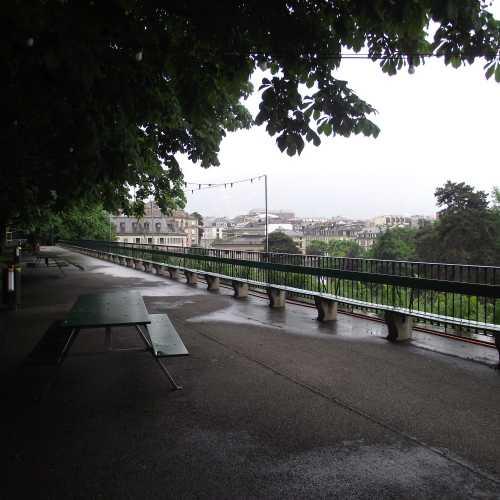 Женева. Самая длинная в мире деревянная скамейка. (16.06.2016)