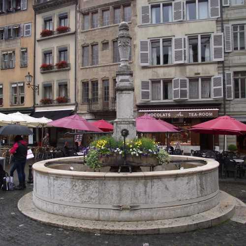 Женева. Площадь Бург-де-Фур. (16.06.2016)