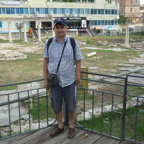 Дуррес. Я у развалин византийского форума. (06.09.2015)
