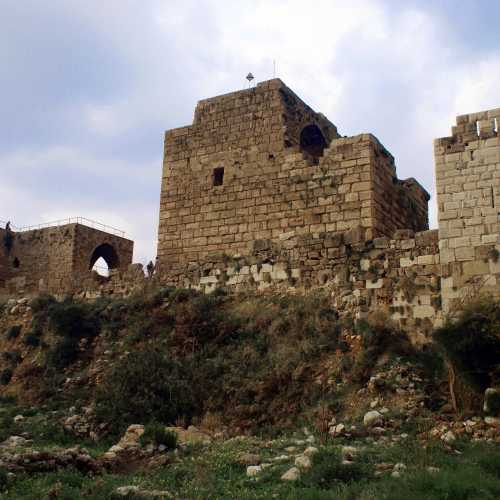 Ruins Of Crusaiders fortress. Byblos.<br/> Руины замка крестоносцев. Библос.